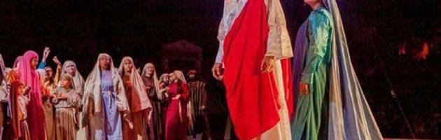 Grupo Teatral Mãe do Céu se destaca apresentando a Paixão de Cristo