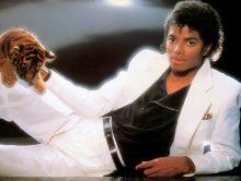 """""""Thriller"""", de Michael Jackson, perde o posto de álbum mais vendido dos EUA."""